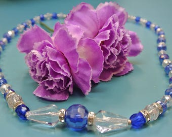 Unique ONE-OF-A-KIND graduated blue/ clear grinded faceted chrystal bead necklace with small stone-covered box lock