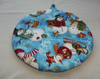 Snowman, Quilted Pot Holders, Potholders, Hot Pads, Snowmen, Trivet Cotton, Double Insulated, Kitchen Decor, Round 9 Inches, Hostess Gift