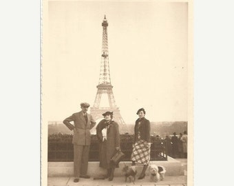 ON SALE 20% Vintage 1930 /30s French black & white original photography Eiffel Tower / with dogs