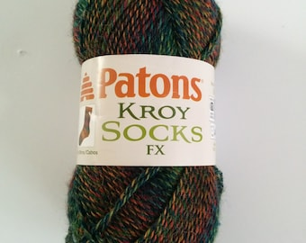one 50 gram skein Patons Kroy Socks FX yarn in Clover Colors