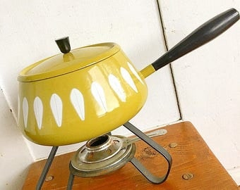 Fondue, Dont Mind If I Do... vintage Catherine Holm Fondue Pot Mid Century Modern Eames Era Enamelware Cooking Pot Pan Lotus