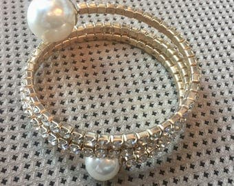 Dara Ettinger Gold Plated Pearl open coul and crystal bangle Bracelet