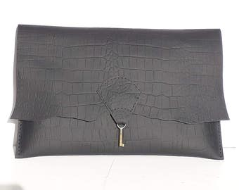 Raw edge leather clutch purse with embossed alligator finish - black