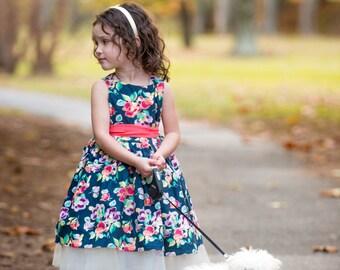 SAMPLE SALE - Evie Dress in Midnight Bouquet - Size 5