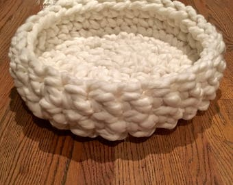 Cat Bed - Chunky Knit Cat Bed, 20 x 4 inches - Crochet cat bed or small dog bed - Off-White Pet Bed