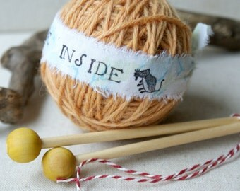 Surprise Yarn Ball- Sugar Mouse Yellow and needles