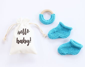 Baby shower gift, baby booties, turquoise, newborn booties, pregnancy announce, pregnancy reveal, baby announcement, newborn teether