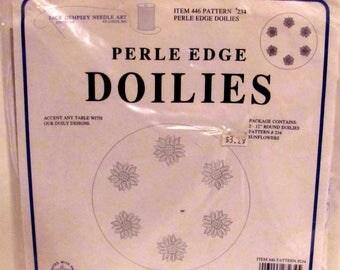 Perle Edge Doilies