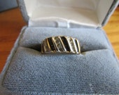 black line ring