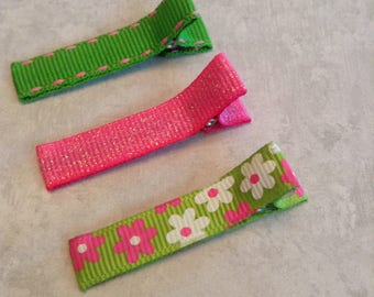 Simple Hair Clips, Toddlers Hair Clips, Girls Hair Bows, Clippies, Simple Clippies, Hair Bows, Pink & Green Simple Hair Clips, Flowers
