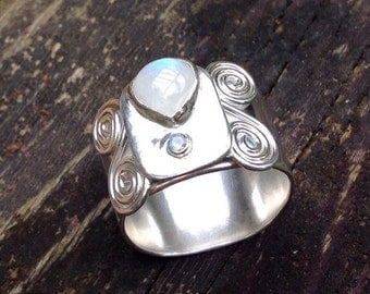 moonstone wide band ring size 11
