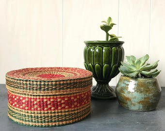 vintage lidded basket - woven straw - small round basket - red green
