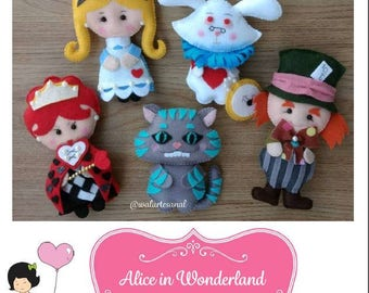 Alice in Wordeland - PDF Pattern - So cute!