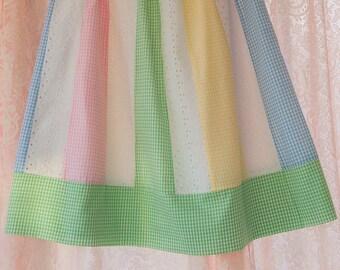 Gingham and Eyelet - Vintage Preppy Summer Skirt