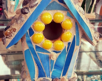 Small Mosaic Birdhouse