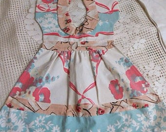 Red Roses SUNDRESS TEA TOWEL White Daisies on Aqua, Ecru Peter Pan Collar Bands & Trim, Darling Kitchen Wall Hanger Cotton Hand Dryer