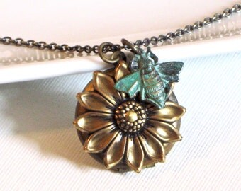 Brass Sunflower Locket Necklace - Flower Jewelry, Floral Jewelry, Nature Jewelry, Brass Locket, Bee Jewelry