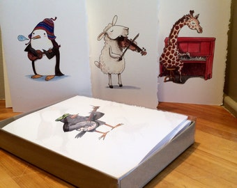 Box of 8 assorted greeting cards. Animal musicians.