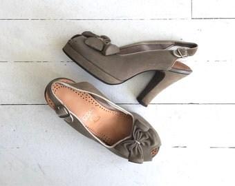 Shale peeptoe platforms | vintage 1940s shoes | 40s platform heels