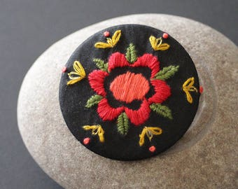 "Embroidered brooch - embroidery - boho - folk - ""Frida"""