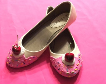 Cream with Pink Frosting Ice Cream Flats Size 8.5