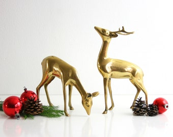 Mid Century Modern Brass Deer Pair / Retro Large Brass Deer Figurines / Brass Buck and Doe Figurines / Brass Christmas Reindeer