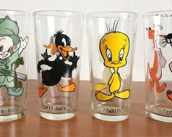 Vintage Set of Four Warner Bros., Pepsi Collector Series 1973 Glassware, Juice Glasses, Cartoon Character, Tweety Daffy Elmer Cool Cat