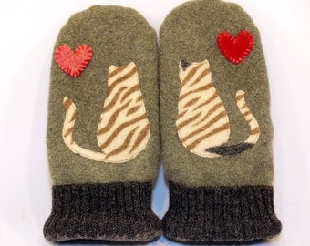 Cat Mittens from Felted Wool Moss Green Cat Applique Leather Palm Fleece Lining Eco Friendly  Up Cycled Size M-M/L