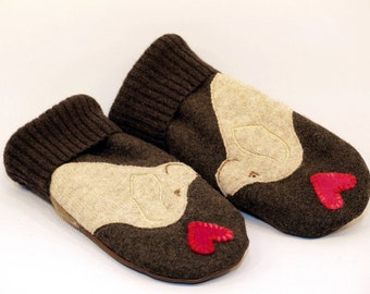 Wool Mittens Sweater Recycled Wool Mittens Dark Brown and Cream Golden Retriever Applique Leather Palm Fleece Lining Eco Friendly Size M