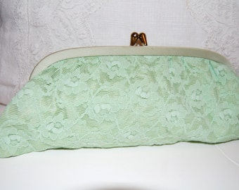 1960s Clutch Mint Green Lace Hand Purse Evening Bag Party Purse Wedding Accessory Vintage Lace Clutch Garden Party Accessory