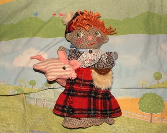 tom,tom the pipers son hand puppet with piggy
