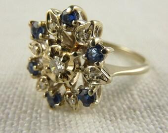 Vintage 14K White Gold Diamond and Natural Sapphire Flower Burst Cocktail Ring Size 7.25