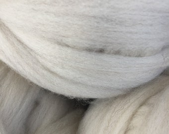 Combed Shetland Wool Top- cream with silver, four ounces