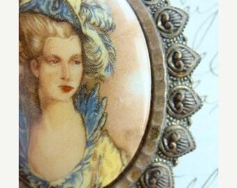 ON SALE Antique Edwardian Victorian Stunning Portrait Brooch framed Queen Marie Antoinette Brooch