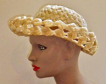 1960s Beige Cello Straw Open Weave Summer Hat - Cello Straw Hat - Cello Straw Sun Hat