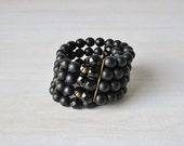 Vintage Black 1950s Expansion Spiral Bracelet / Glass Black Jet Beads / 50s Expansion Bracelet / Midnight