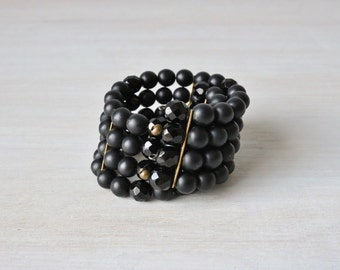 Vintage Black 1950s Expansion Spiral Bracelet / Glass Black Jet Beads / 50s Expansion Bracelet / Midnight