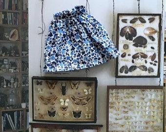 Blue floral print skirt for Blythe doll