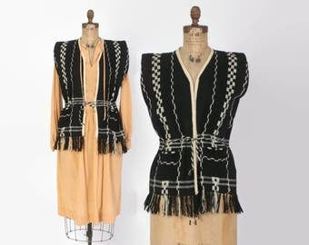 Vintaged 70s Belted VEST / 1970s Black & Ivory Woven Knit Layering Vest