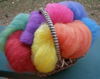 Wee Roving Basket--Spinning or Felting Basket--Square Woven Basket--One Ounce Plant Dyed Wool Roving