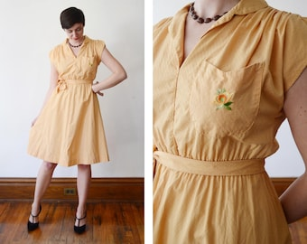 1970s Yellow Dress with Floral Pocket - S/M