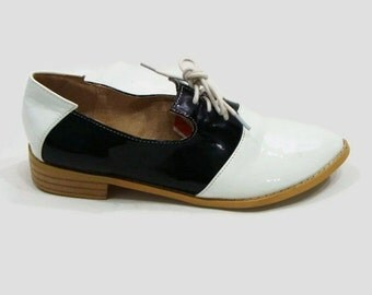 Vintage Black and White Patent Shoes Black and White Loafers Ladies Patent Loafers Womens Black and White Loafers Ladies Patent Loafers