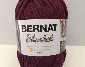Bernat Blanket Yarn - Purple Plum - 10.5 oz / 300g skein