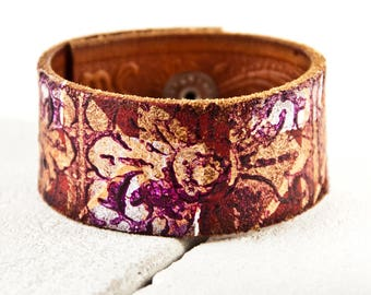Leather Jewelry Women's Bracelet Cuff - Gold Flowers Purple White Brown Leather