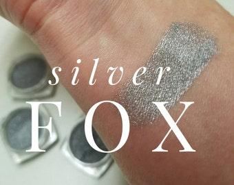 SILVER FOX Mineral Make up EYE Shimmer - Vegan Friendly, Sparkly Eye Shadow, Mica Powder 5ml jar Eye Lid and Face Shimmer - Silver Shimmer