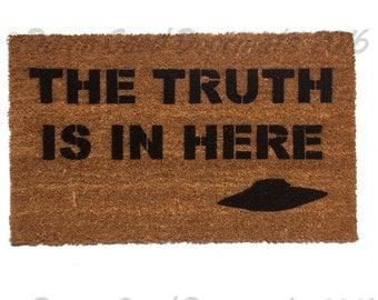 TRUTH UFO ALIENS x files doormat