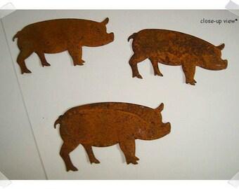 Rusty Metal Pigs/Set of 3/Craft Supplies*