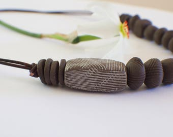 Explore Material: Collaborative bead necklace #2 with Potter Heidi Haugen