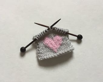 I love knitting miniature pin badge rosewood needles