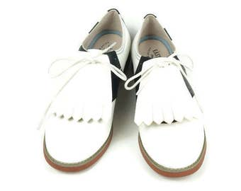 White Golf Shoe Kilties, Shoe Decorations, Gifts for Golfers, Shoe Accessories, Golf Gift Ideas, Retro Style, Golf Gifts, Golf Stuff